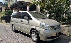 Mobil Nissan Serena 2004 Highway Star terbaik di DIY Yogyakarta