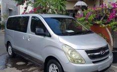Bali, Hyundai H-1 2009 kondisi terawat