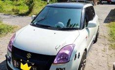 Mobil Suzuki Swift 2012 terbaik di Jawa Timur