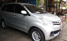 Jual mobil bekas murah Daihatsu Xenia R DLX 2014 di Banten