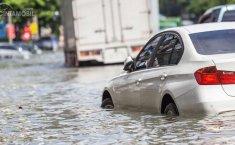 Sistem Keamanan Mobil Listrik: Amankah Mobil Listrik Ketika Menghadang Banjir?