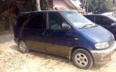 Banten, Nissan Serena 1998 kondisi terawat