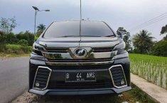 Mobil Toyota Vellfire 2017 ZG dijual, Banten