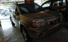 Mobil Nissan X-Trail 2.5 ST 2005 terawat di DIY Yogyakarta