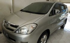 Dijual mobil Toyota Kijang Innova 2.0 G 2007 bekas, DI Yogyakarta