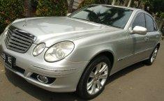 Dijual mobil bekas Mercedes-Benz E-Class E 230 2009, DKI Jakarta