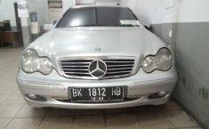 Dijual mobil bekas Mercedes-Benz C-Class C 240 2001, Sumatra Utara