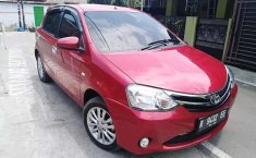 Toyota Etios Valco 2015 Jawa Tengah dijual dengan harga termurah