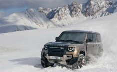 Review Land Rover Defender 2019: Teknologi Baru Rasa Lama