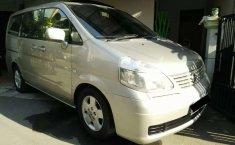 Jual mobil bekas murah Nissan Serena 2004 di DKI Jakarta