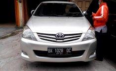 Jual mobil Toyota Kijang Innova 2.5 V 2011 bekas, Sumatra Utara