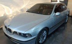 Jual mobil BMW 5 Series 528i 1997 bekas, Jawa Timur