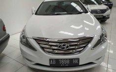 Jual mobil bekas Hyundai Sonata 2.4 Automatic 2012 di DIY Yogyakarta