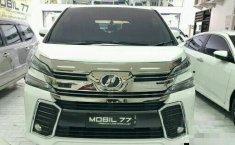 Mobil Toyota Vellfire 2015 Z dijual, Jawa Timur