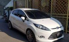 Ford Fiesta 2013 Jawa Timur dijual dengan harga termurah