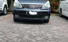 Jual Nissan Serena Highway Star 2005 harga murah di Jawa Barat