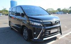 Dijual cepat Toyota Voxy 2.0 AT 2018, DKI Jakarta
