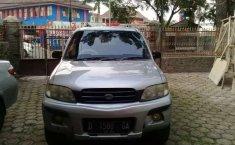 Jawa Barat, Daihatsu Taruna 2002 kondisi terawat
