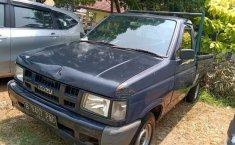 Mobil Isuzu Panther 2011 Pick Up Diesel terbaik di Banten