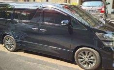 Mobil Toyota Vellfire 2011 X terbaik di Jawa Barat