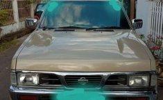 Sulawesi Utara, Nissan Terrano Spirit 2002 kondisi terawat