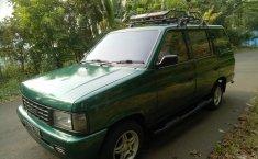 Jual cepat Isuzu Panther New Royal 2.5 2000 mobil bekas di Jawa Barat
