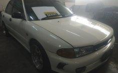Jual mobil Mitsubishi Lancer 1.4 Manual 1995 harga murah di DKI Jakarta