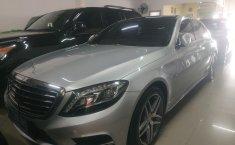 Mobil Mercedes-Benz S-Class S 500 2014 terawat di DKI Jakarta