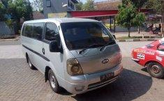 Banten, jual mobil Kia Travello 2010 dengan harga terjangkau