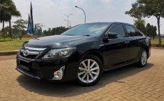 Jual cepat Toyota Camry 2.5 Hybrid 2012 di Banten