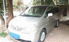 Mobil Nissan Serena 2011 dijual, Banten