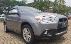 Mobil Mitshubisi Outlander Sport GLX 2.0 2012 terawat di Banten