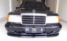 Jual mobil bekas Mercedes-Benz E-Class E 300 1990 dengan harga murah di Sumatra Utara
