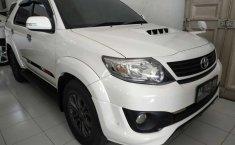 Mobil Toyota Fortuner G TRD 2014 terawat di DIY Yogyakarta