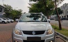Mobil Suzuki SX4 X-Over 2009 terawat di DKI Jakarta