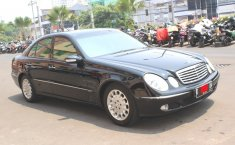 Dijual mobil bekas Mercedes-Benz E-Class E 260 2003, DKI Jakarta