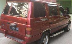 Mobil Isuzu Panther 1996 dijual, Jawa Timur