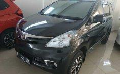 Mobil Toyota Avanza E 2014 terawat di DIY Yogyakarta