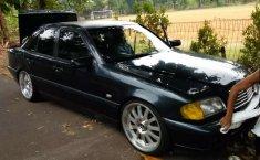 Jual mobil Mercedes-Benz C-Class 230 1997 bekas, DKI Jakarta