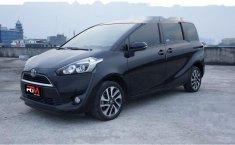 Mobil Toyota Sienta 2016 V dijual, DKI Jakarta