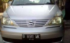 Jawa Tengah, Nissan Serena 2005 kondisi terawat