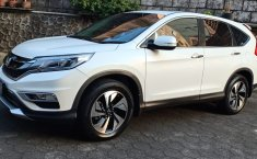 Mobil Honda CR-V 2.4 Prestige 2015 terawat di DIY Yogyakarta