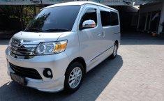 Jual mobil Daihatsu Luxio X 2015 murah di DIY Yogyakarta