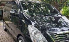 Dijual mobil bekas Hyundai H-1 Royale, Bali