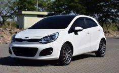 Mobil Kia Rio 2014 dijual, Jawa Barat