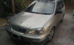 Jual mobil bekas murah Kia Carens 2000 di Jawa Barat