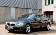 Dijual mobil bekas BMW 3 Series 320i LCi Sport 2015, DKI Jakarta