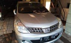Mobil Nissan Latio 2010 dijual, DKI Jakarta