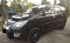 Mobil Toyota Kijang Innova 2004 V dijual, Sumatra Selatan