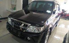 Mobil Isuzu Panther 2010 GRAND TOURING terbaik di Jawa Timur